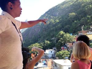 favela page_02